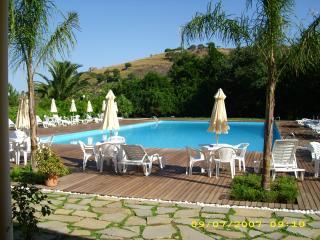 Comfortable 3 bedroom Torchiara Villa with Internet Access - Torchiara vacation rentals