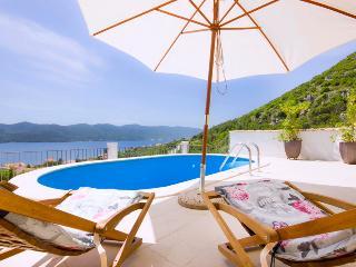 Nice 3 bedroom Poluotok Peljesac Villa with Internet Access - Poluotok Peljesac vacation rentals