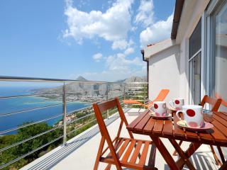 Pikolo Apartments - Blue app - Dugi Rat vacation rentals