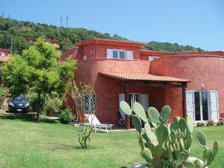 Adorable Cittadella del Capo vacation Villa with A/C - Cittadella del Capo vacation rentals