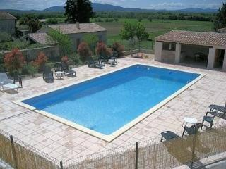 French holiday homes with pool sleeps 6 - Canaules-et-Argentieres vacation rentals