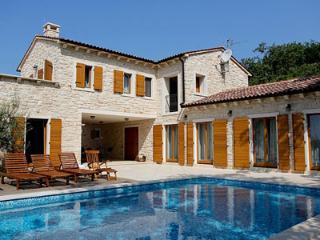 VILLA NATASHA - Novigrad vacation rentals