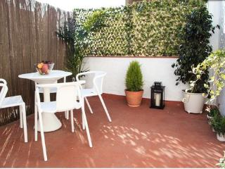 COZY PENTHOUSE+TERRACE. CENTER - Barcelona vacation rentals