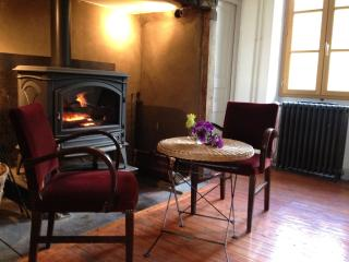 Bright 5 bedroom House in Saint Cere - Saint Cere vacation rentals