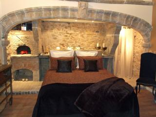loge des 3 Maries - Lyon vacation rentals