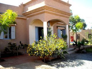 villa climatisée piscine,  jardin takerkoust Maroc - Lalla Takerkoust vacation rentals