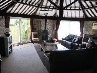 Nice 3 bedroom Barn in Poundstock - Poundstock vacation rentals