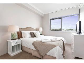 Nice Condo with Internet Access and Dishwasher - Perth vacation rentals