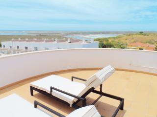 Fuzeta Apartment with stunning view - Fuzeta vacation rentals