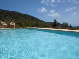 Perfect 5 bedroom Sant Vicent de sa Cala Villa with Internet Access - Sant Vicent de sa Cala vacation rentals