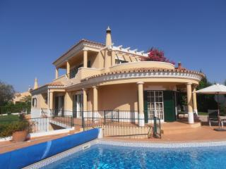 Lovely 3 bedroom Villa in Loule - Loule vacation rentals
