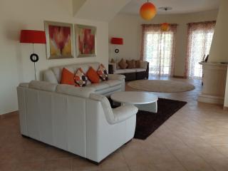 Lovely 3 bedroom Villa in Loule - Loule vacation rentals