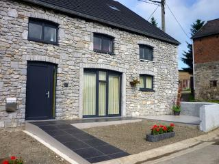 Bright 5 bedroom Gite in Hamoir - Hamoir vacation rentals