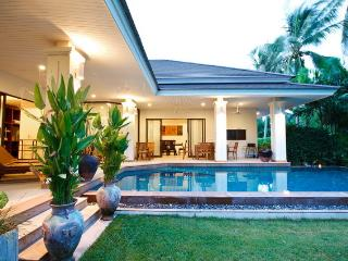 Koh Samui 3 beds and swimming pool beach nearby - Koh Samui vacation rentals