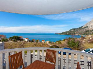 Cozy 2 bedroom Drasnice Condo with Internet Access - Drasnice vacation rentals