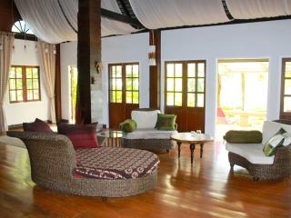 Charming 3 bedroom House in Hang Dong - Hang Dong vacation rentals