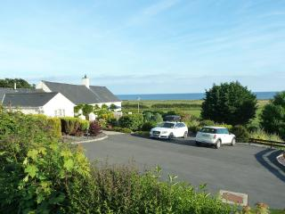 Gorwel 5 * Holiday Cottage with Hot Tub - sleeps 8 - Pwllheli vacation rentals