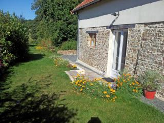 2 bedroom House with Internet Access in Lessay - Lessay vacation rentals