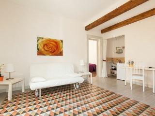 Le vie di Trapani - La Loggia - Trapani vacation rentals
