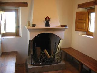 The Manse built 1689 with terrace and garden - Huesca vacation rentals