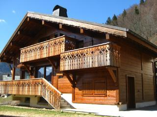 Perfect 3 bedroom Montriond Chalet with Internet Access - Montriond vacation rentals