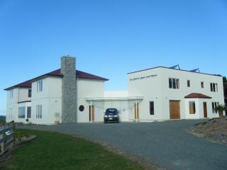 Nice Manor house with Internet Access and Grill - Mangawhai vacation rentals