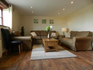 Beautiful 3 bedroom Cottage in Umberleigh - Umberleigh vacation rentals
