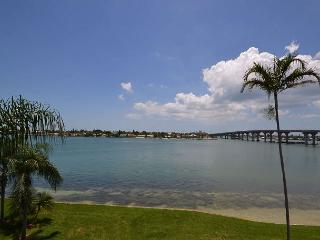 Bahia Vista 10-430  Immaculate Bay Front condo with 3 flat screen TV's & DVR! - Saint Petersburg vacation rentals