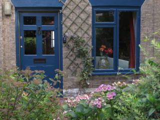 1 bedroom Cottage with Internet Access in Woodbridge - Woodbridge vacation rentals