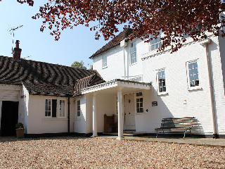 Nice Cottage with Internet Access and Television - Alresford vacation rentals