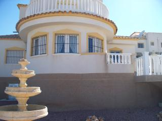 Lovely 4 bedroom Villa in Castalla with Internet Access - Castalla vacation rentals