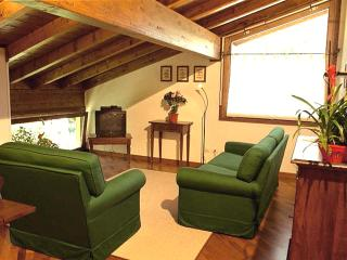 Casa Lory - Buck apartment - Bellagio vacation rentals