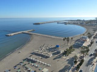 Beachfront Stella Maris Studio - Fuengirola vacation rentals
