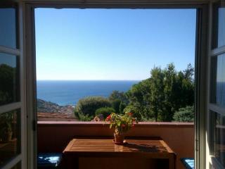 Francesca Paradise - Bardino Nuovo vacation rentals