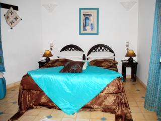 """Riad Aquarelle - """"La Chambre Turquoise"""" - Marrakech vacation rentals"""
