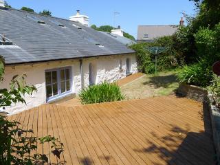 Perfect 3 bedroom House in Dinas Cross - Dinas Cross vacation rentals