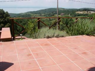 2 bedroom Condo with Internet Access in Castel Rigone - Castel Rigone vacation rentals