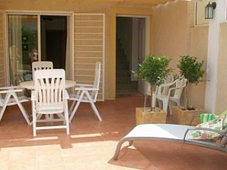 Duplex with Bbq,  Pool Shared, Wi-fi and air conditioning. - Puerto de Mazarron vacation rentals
