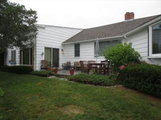 W FALMOUTH, SLEEPS 10, w/ DOCK, 1MILE to CHAPPY 123247 - West Falmouth vacation rentals