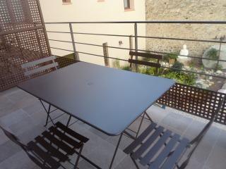 Nice Condo with Internet Access and A/C - Prades vacation rentals