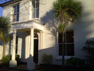 Park House, families, friends,work, Paultons Park - Southampton vacation rentals