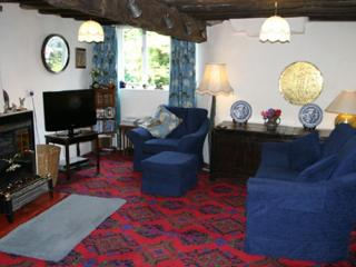 Comfortable 3 bedroom Keswick Farmhouse Barn with Internet Access - Keswick vacation rentals