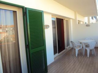 APARTMENT T1 - FUNCHAL CENTER2 - Funchal vacation rentals