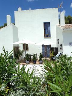 Beautiful 1 bedroom Vacation Rental in Alozaina - Alozaina vacation rentals