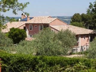 Nice Gite with Internet Access and Satellite Or Cable TV - Sablet vacation rentals
