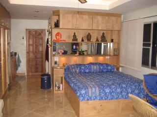 Perfect Condo with Internet Access and A/C - Jomtien Beach vacation rentals