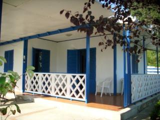 Nice 1 bedroom Fanusa Villa with Deck - Fanusa vacation rentals