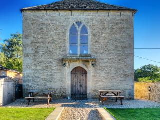 Comfortable Converted chapel with Internet Access and Television - Lacock vacation rentals