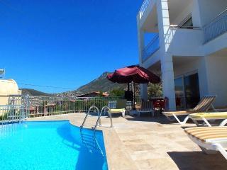 Holiday Villa in Kisla / Kalkan, Sleeps 8: 086-A - Kalkan vacation rentals