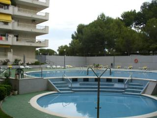 Nice Condo with Deck and A/C - Salou vacation rentals